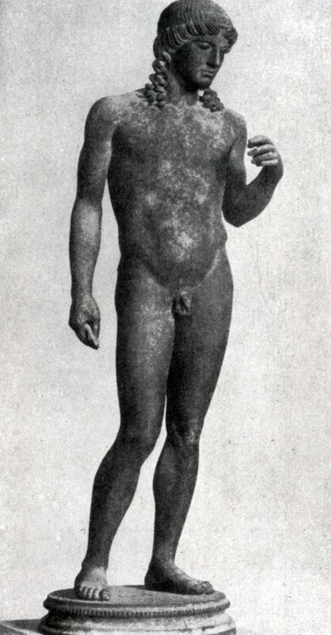 137 а. Аполлон из Помпей. Вторая четверть 5 в. до н. э. Бронзовая римская копия. Неаполь. Национальный музей.