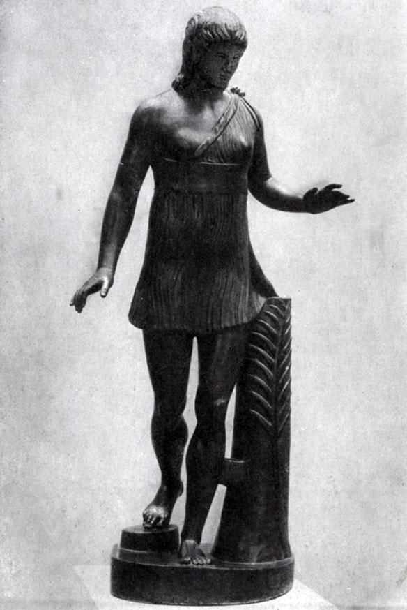 143 а. Статуя победительницы в беге. Вторая четверть 5 в. до н. э. Мраморная римская копия с утраченного бронзового оригинала. Рим. Ватикан.
