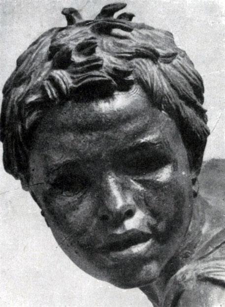 237 а. Мальчик на лошади. Фрагмент бронзовой статуи, найденной в море у мыса Артемисион. Конец 2 в. до н. э. Афины. Национальный музей.