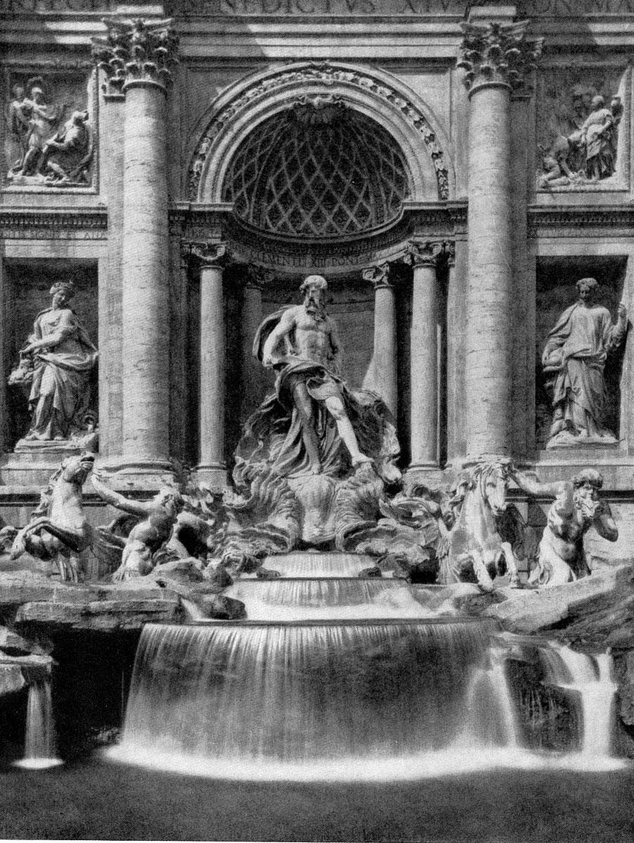 Никколо Сальви. Фонтан Треви в Риме. 1732-1762 гг. Скульптура Пьетро Браччи. Центральная часть.