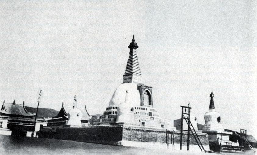 Субурган в Ихэ-Тамир. Время возведения не установлено