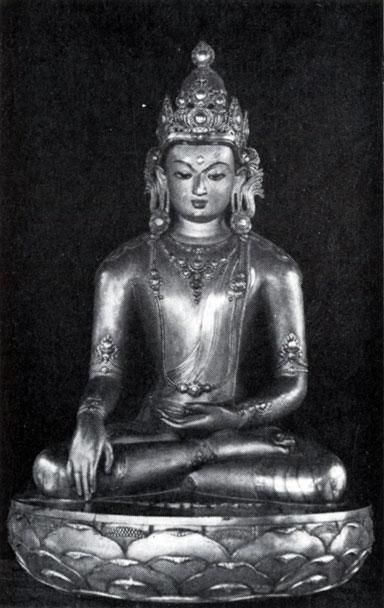 Дзанабадзар. Акшобхья. Позолоченная бронза. XVII в. МИИ