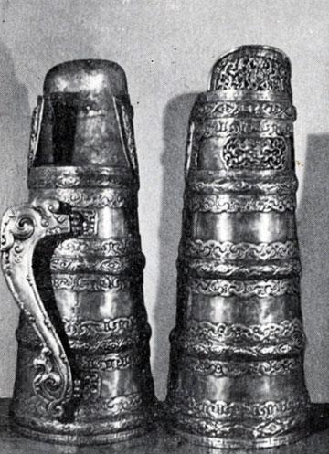 Чайники — домбо. Медь, серебро, чеканка. XIX в. МИИ