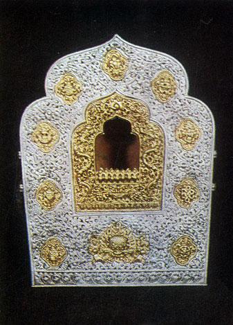 Гау. Оклад иконы. Серебро, золото, чеканка. Конец XIX в. Частное собрание. Улан-Батор